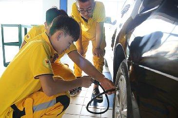 汽车轮胎检测实训课